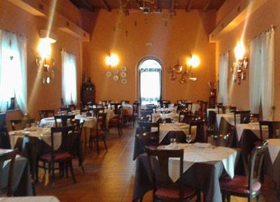 cena degli sconosciuti pavia ristorante antico roseto