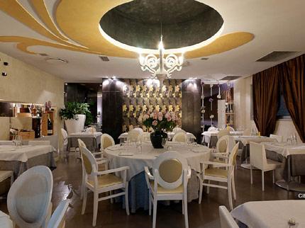cena degli sconosciuti padova ristorante utopia