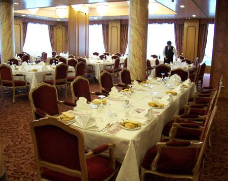 cena degli sconosciuti mestre russott hotel venezia
